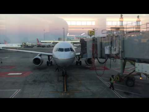 United Airlines Airbus A 320 At SFO Airport Gate 62 – Vlog